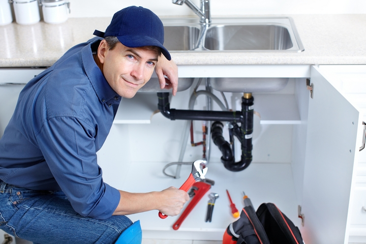 Plumbing In Crisis: 5 Drain Repair Tips for the Desperate Housewife