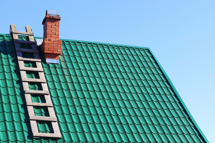Roof Over Our Heads: 4 Guidelines to Take Care of Your Roofing