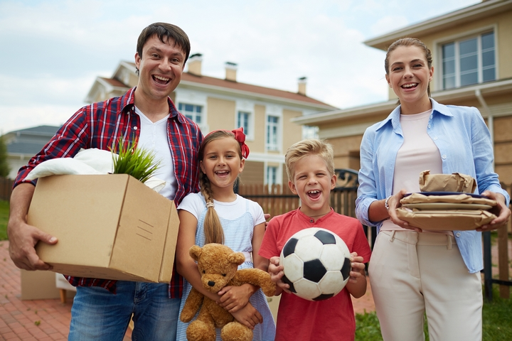 The New Place: 6 Parenting Tips for Moving with Kids