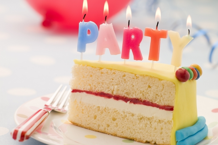 70th Birthday Party Ideas: 7 Best Ways to Celebrate 70 Years Old