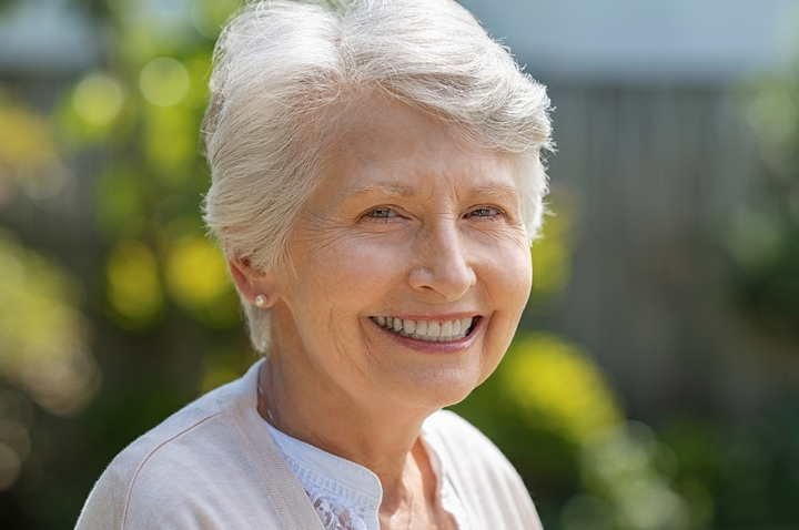 Silver Foxes: 11 Best Hairstyles for Older Women