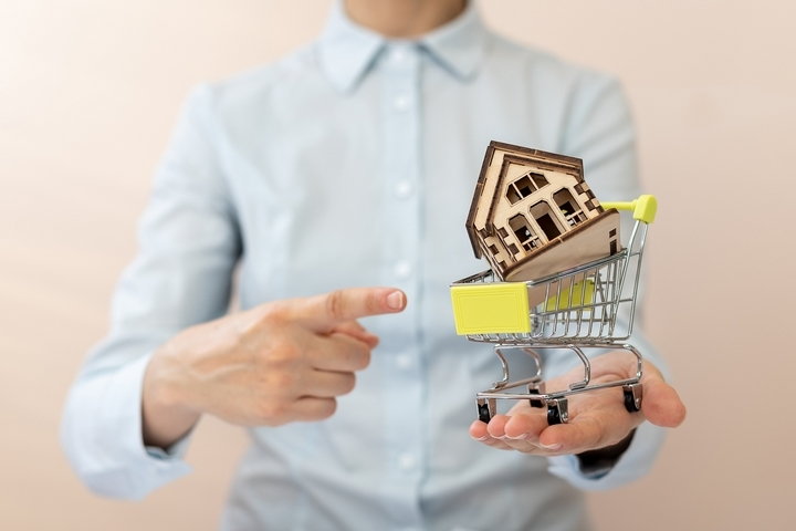 7 Most Important Things You Need to Buy a House