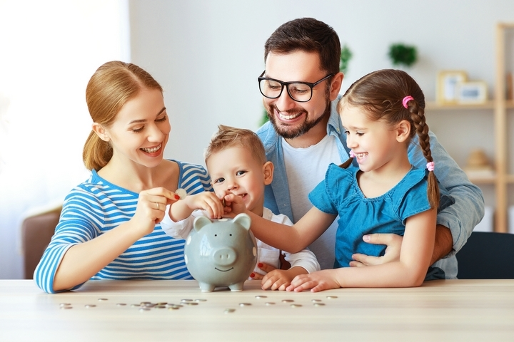 Are Payday Loans Good for Your Family's Finances?