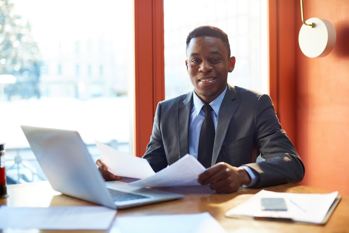 6 Situations When Employers Need an Employment Lawyer